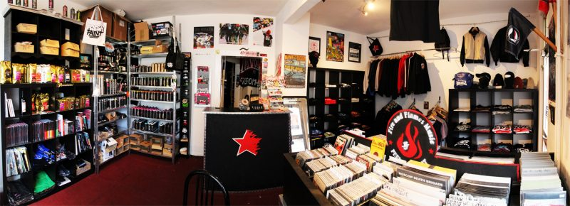Fire and Flames Street Shop Kiel. Punk, Platten, Vinyl, CDs, Graffiti, Zubehör