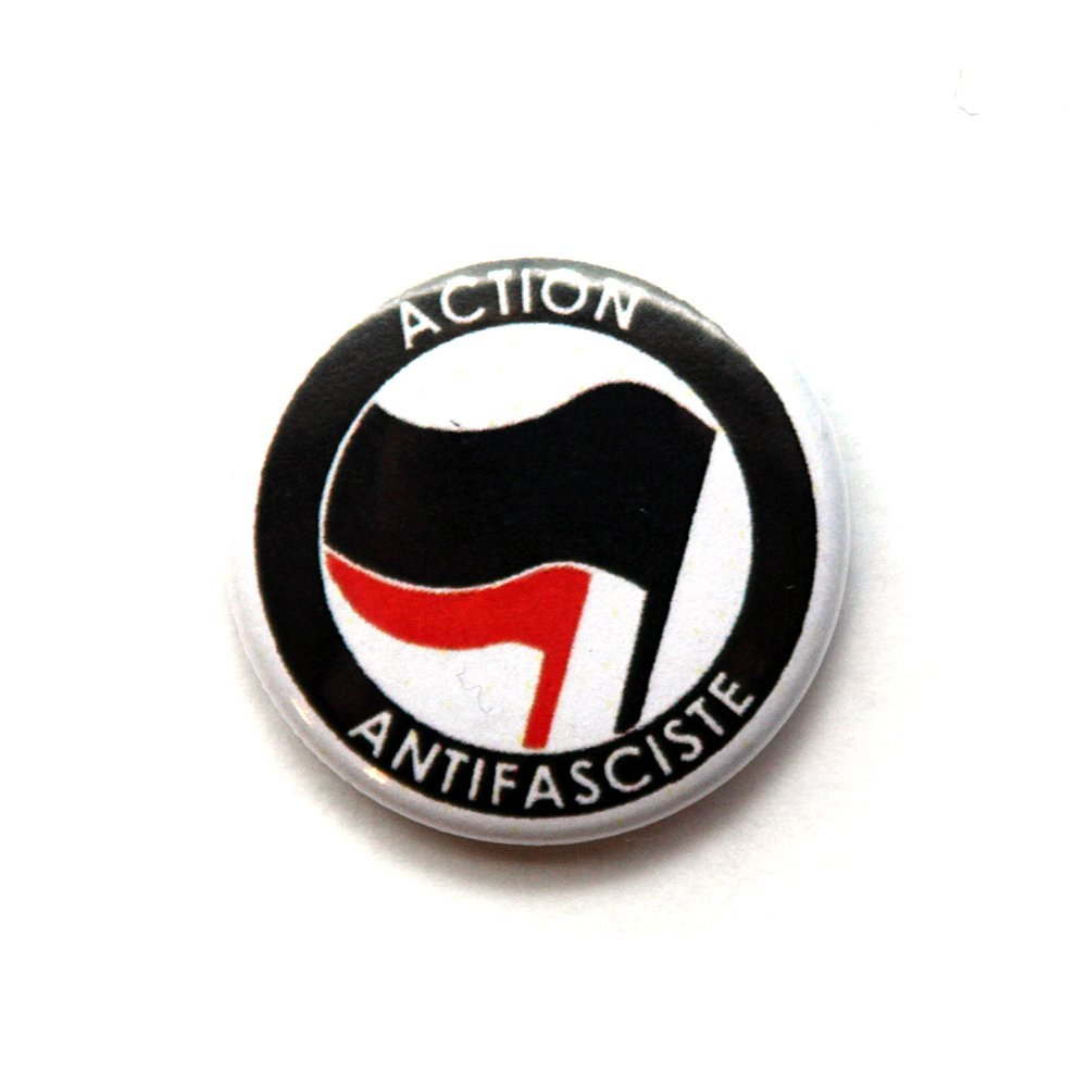Action Antifasciste – Button (black/ red)