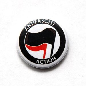 Antifascist Action – Button (schwarz/ rot)