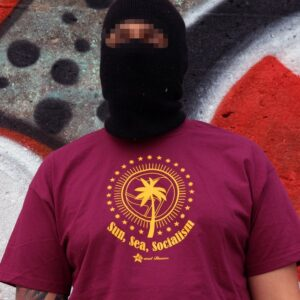 """Sun, Sea, Socialism"" T-Shirt (bordeaux)"