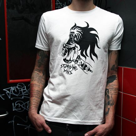 pins_liberation_shirt_weiss